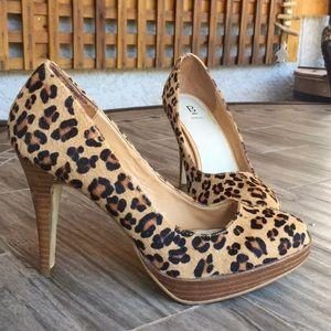 Cute 6.5 Cheetah Print Heels w/ Faux Fur
